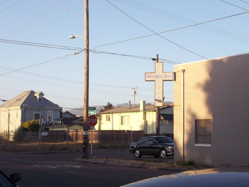 ghetto_church_in_oakland_by_earthvsthederek-d5c34ql.jpg